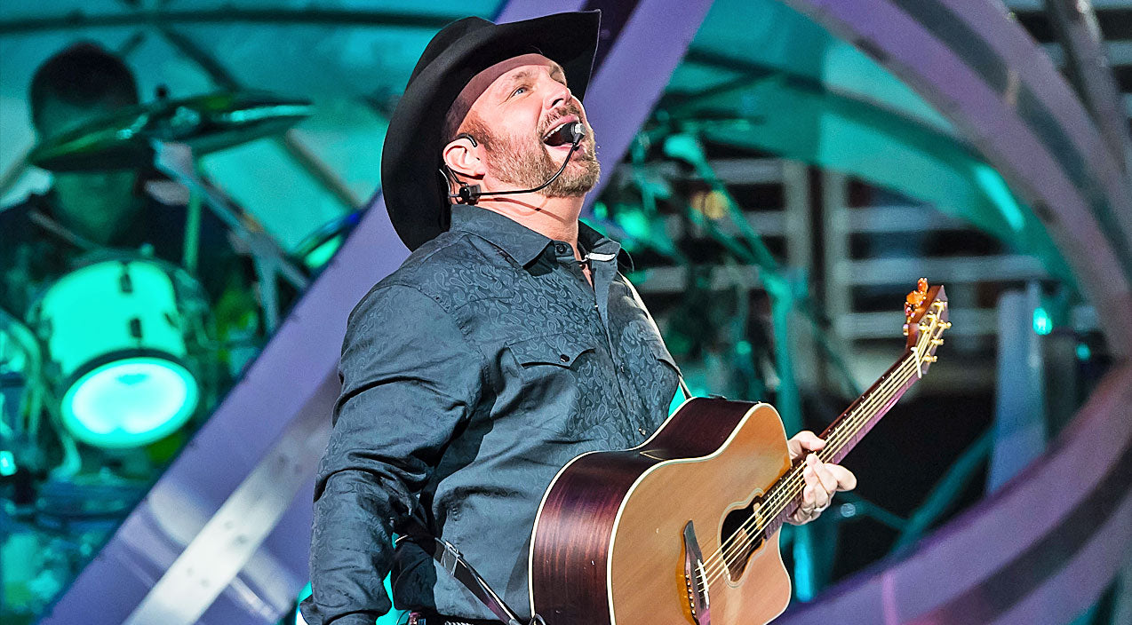 Modern country Songs | Garth Brooks Reaches Remarkable Career Milestone After Years Of Hard Work | Country Music Videos