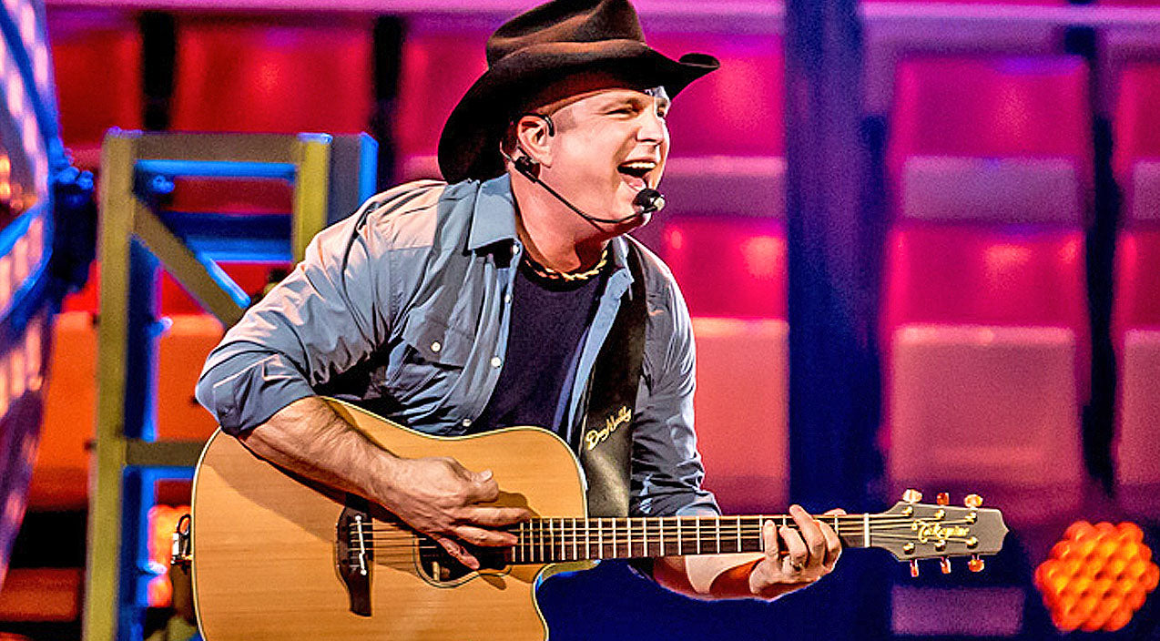 Garth brooks Songs | Garth Brooks Announces New World Tour Stop, First Time In 19 Years | Country Music Videos