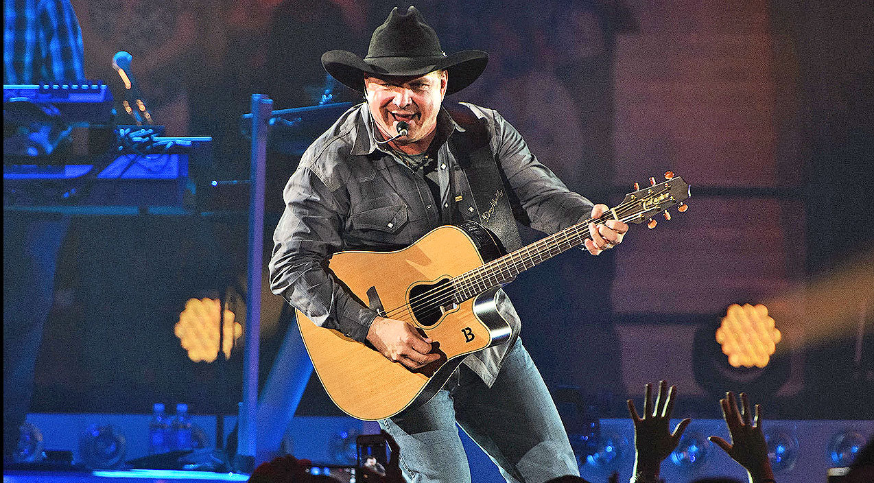 Garth brooks Songs | Garth Brooks Returns To 'One Of The Best Places He's Ever Played' For First Time In 19 Years | Country Music Videos