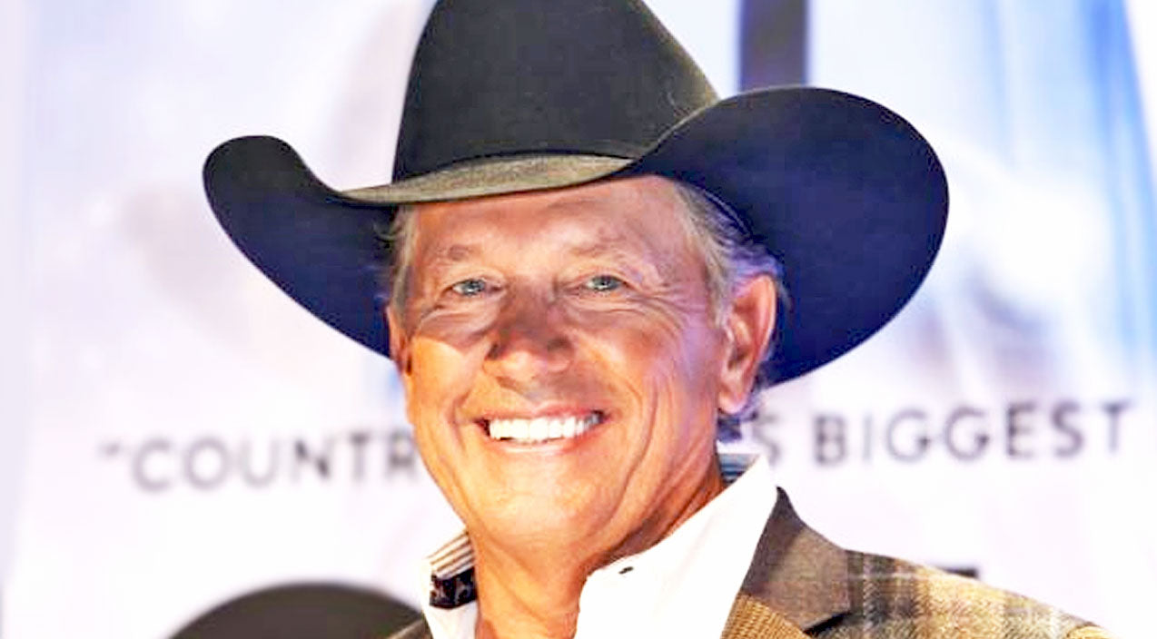 George strait Songs | 10 Times George Strait Proved He Is 'The King' Of Sexy Smiles | Country Music Videos
