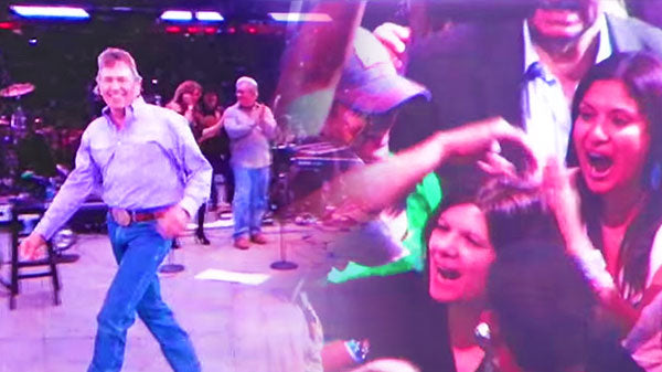 George strait Songs | George Strait Throws His Hat Out Into the Crowd! | Country Music Videos