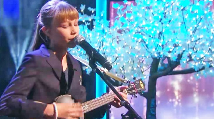 Grace vanderwaal Songs | Grace VanderWaal Gives Chilling Makeover To 'Frosty The Snowman' | Country Music Videos