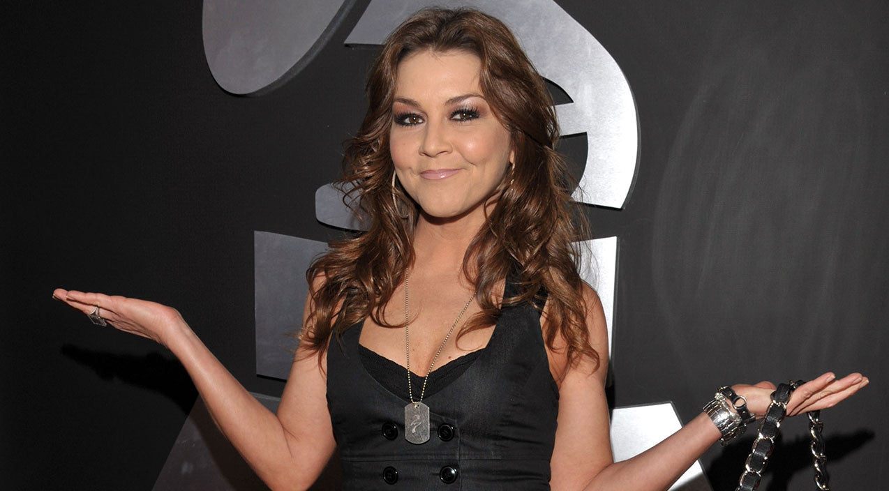 Gretchen wilson Songs | After Three Year Hiatus, Gretchen Wilson Makes Exciting Announcement | Country Music Videos