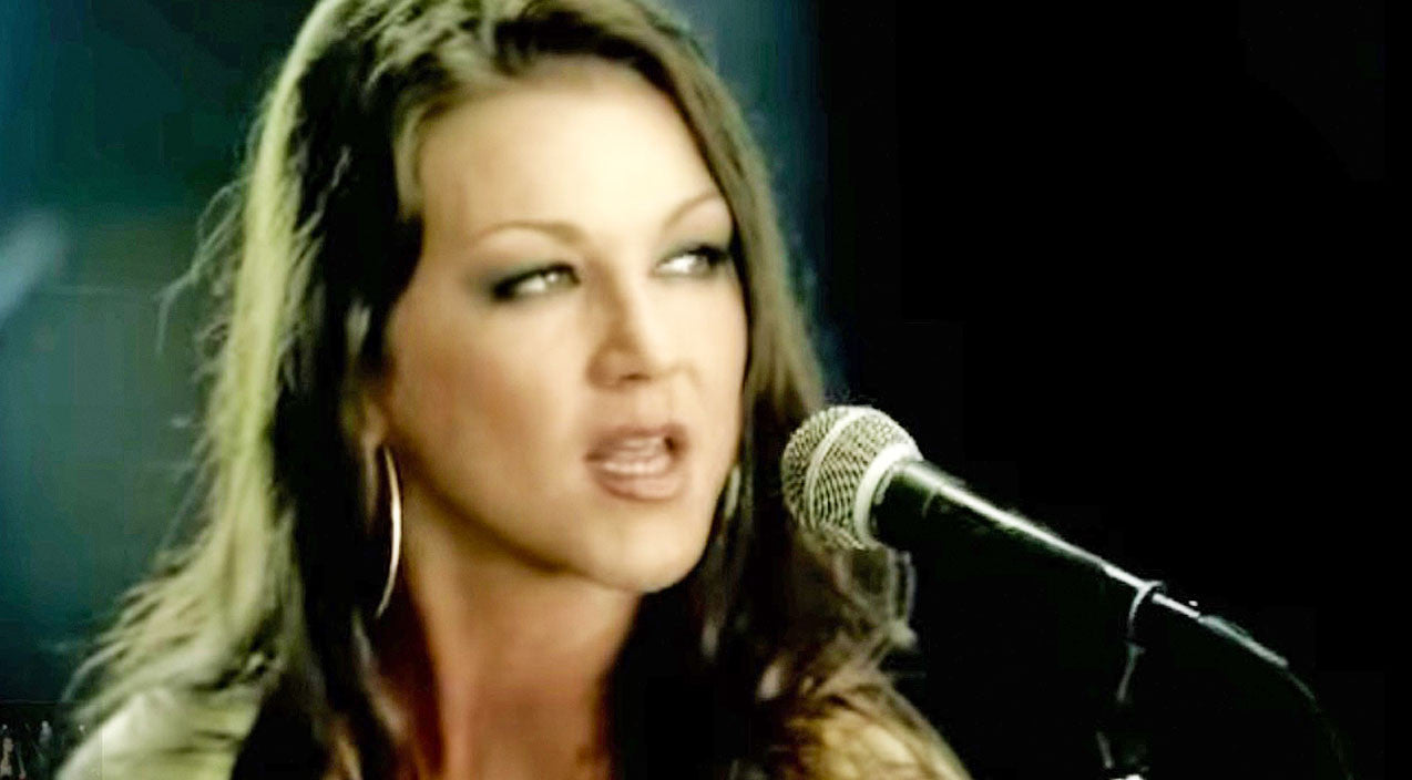 Modern country Songs | Gretchen Wilson Makes Surprising Confession About 'Redneck Woman' | Country Music Videos