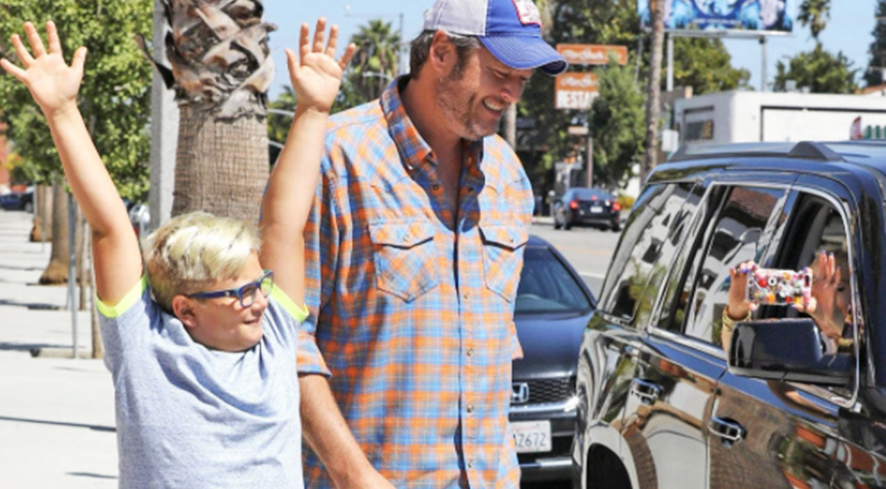 Gwen stefani Songs | Gwen's Son Protects Blake Shelton From Paparazzi In Hilarious Video | Country Music Videos