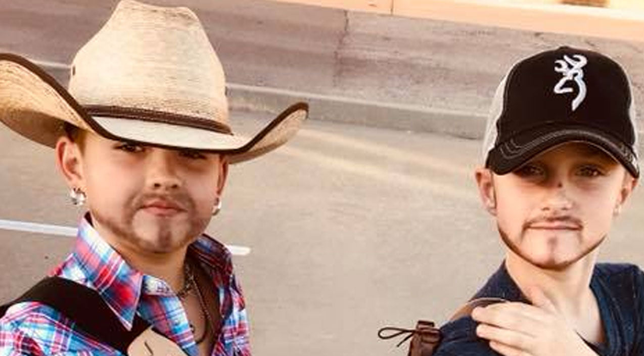 Luke bryan Songs   These Young Boys Look Identical To Jason Aldean And Luke Bryan In Their Halloween Costumes   Country Music Videos