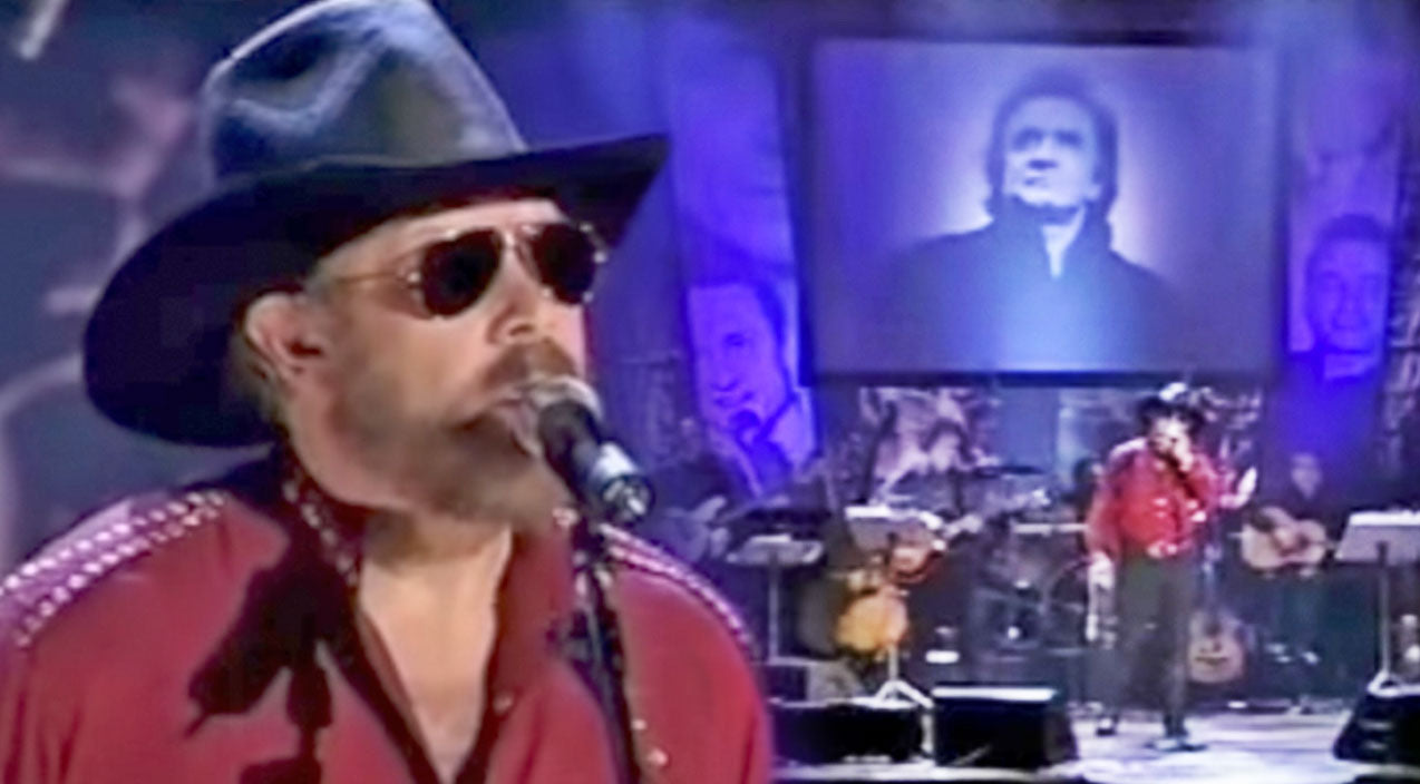 Johnny cash Songs | Hank Jr. Remembers Good Friend Johnny Cash With Touching Story & 'Ring Of Fire' Performance | Country Music Videos