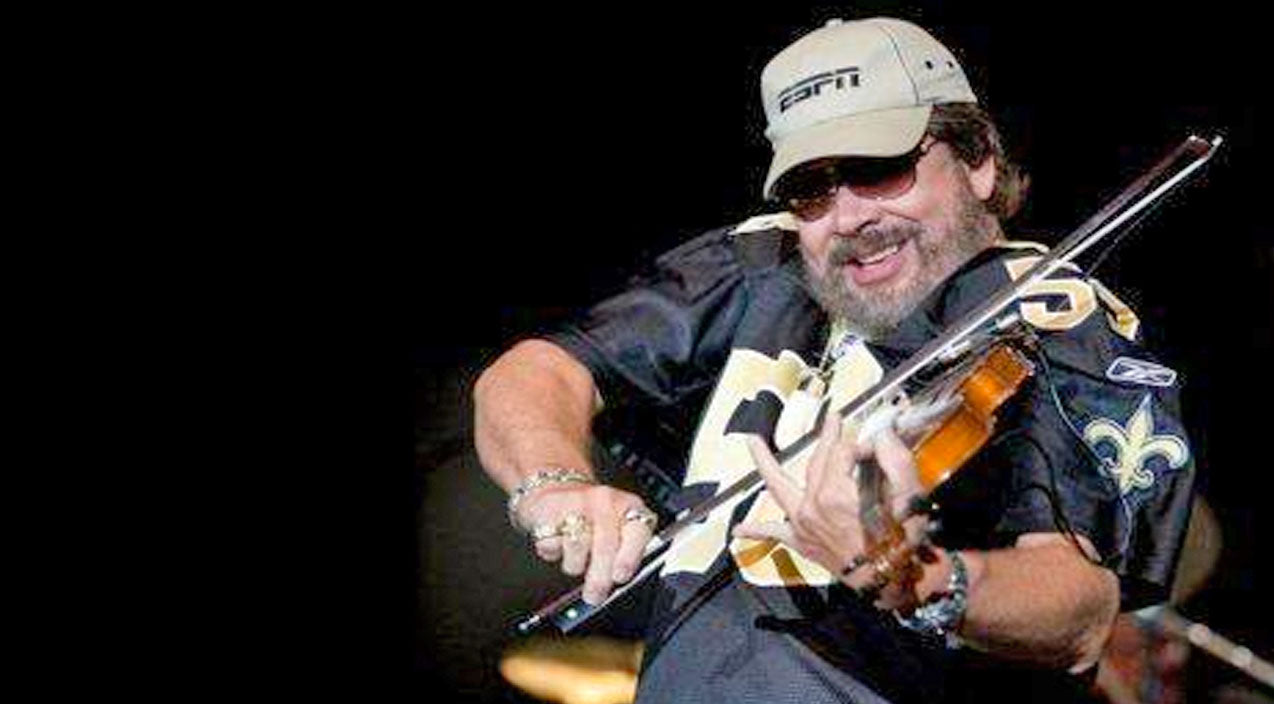 Hank williams jr. Songs | Hank Williams Jr. Shows The Crowd Who's Boss In Mind-Blowing Fiddle Solo | Country Music Videos