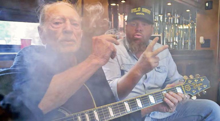 Willie nelson Songs | Willie Nelson Stars In Toby Keith's Blazing Video For 'Wacky Tobaccy' | Country Music Videos