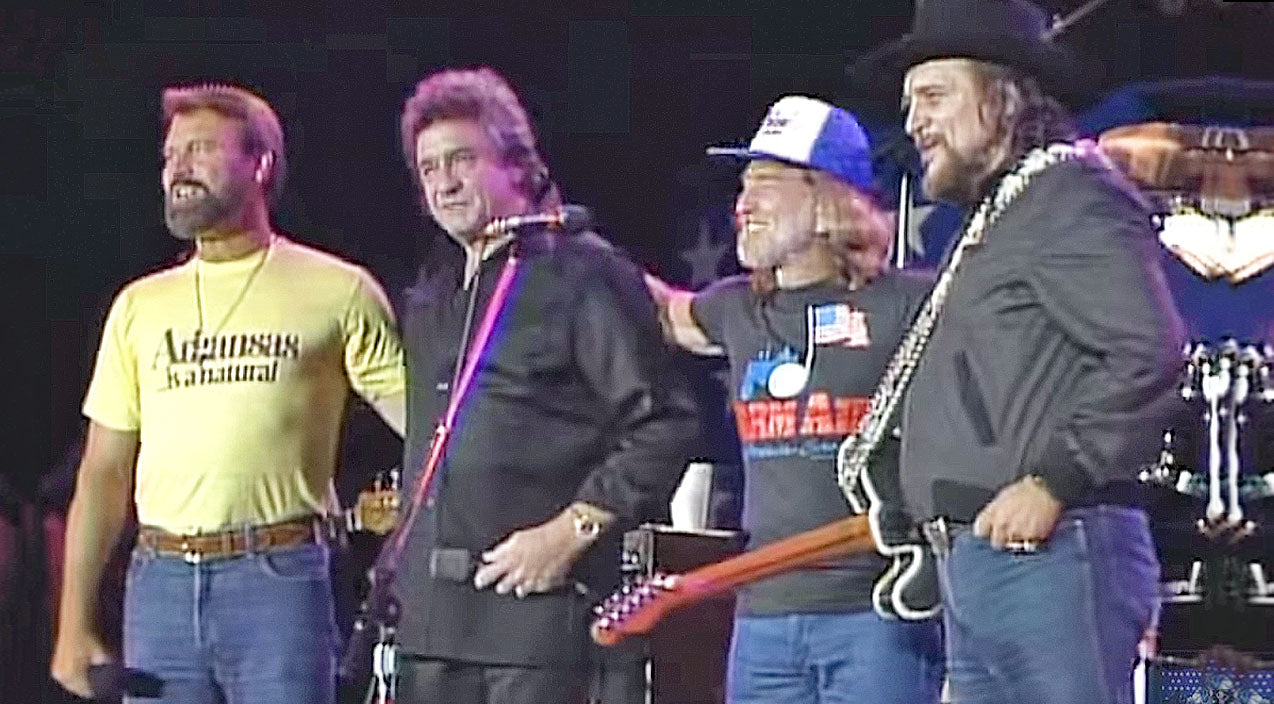Willie nelson Songs   Glen Campbell Makes Rare Appearance With The Highwaymen (WATCH)   Country Music Videos