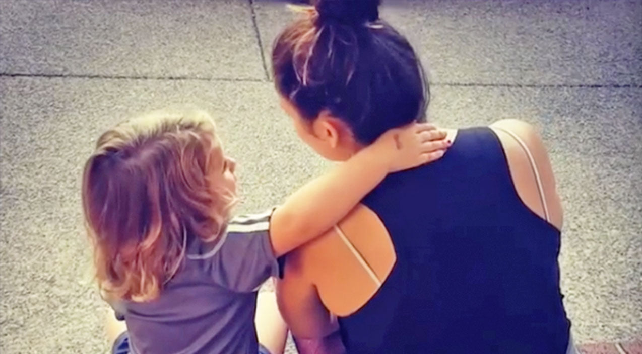 Lady antebellum Songs | Lady A's Hillary Scott And 4-Year-Old Daughter Share Sweet Duet That Will Melt Your Heart | Country Music Videos