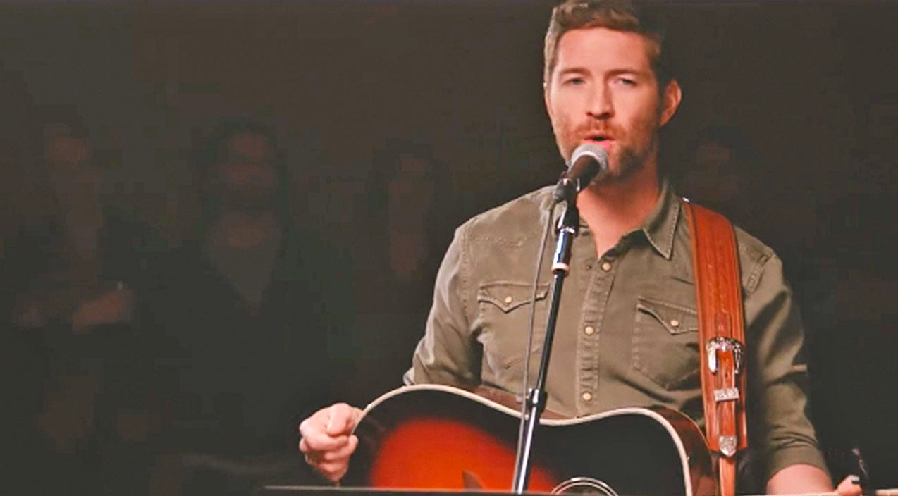 Josh turner Songs | Josh Turner Will Snatch Your Heart In Acoustic Performance Of New Single | Country Music Videos