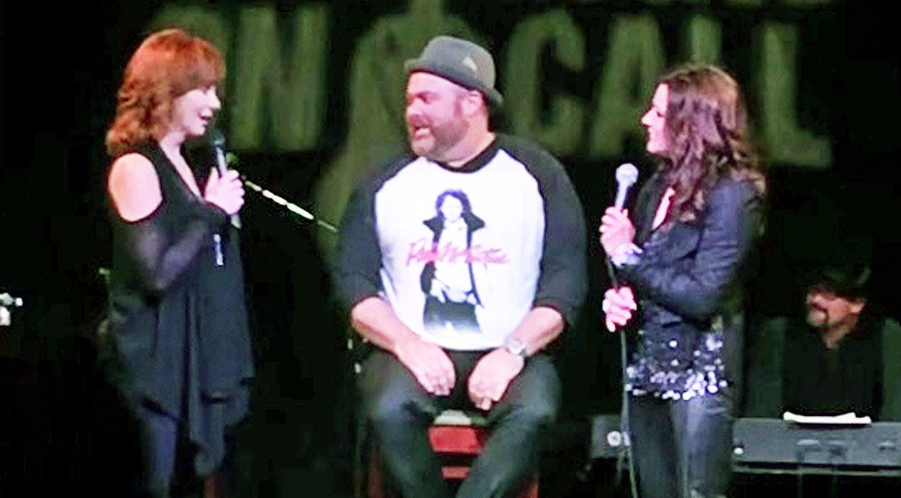 Reba mcentire Songs | Reba And Martina Honor Everyday Hero With Emotional Duet Of 'Does He Love You' | Country Music Videos