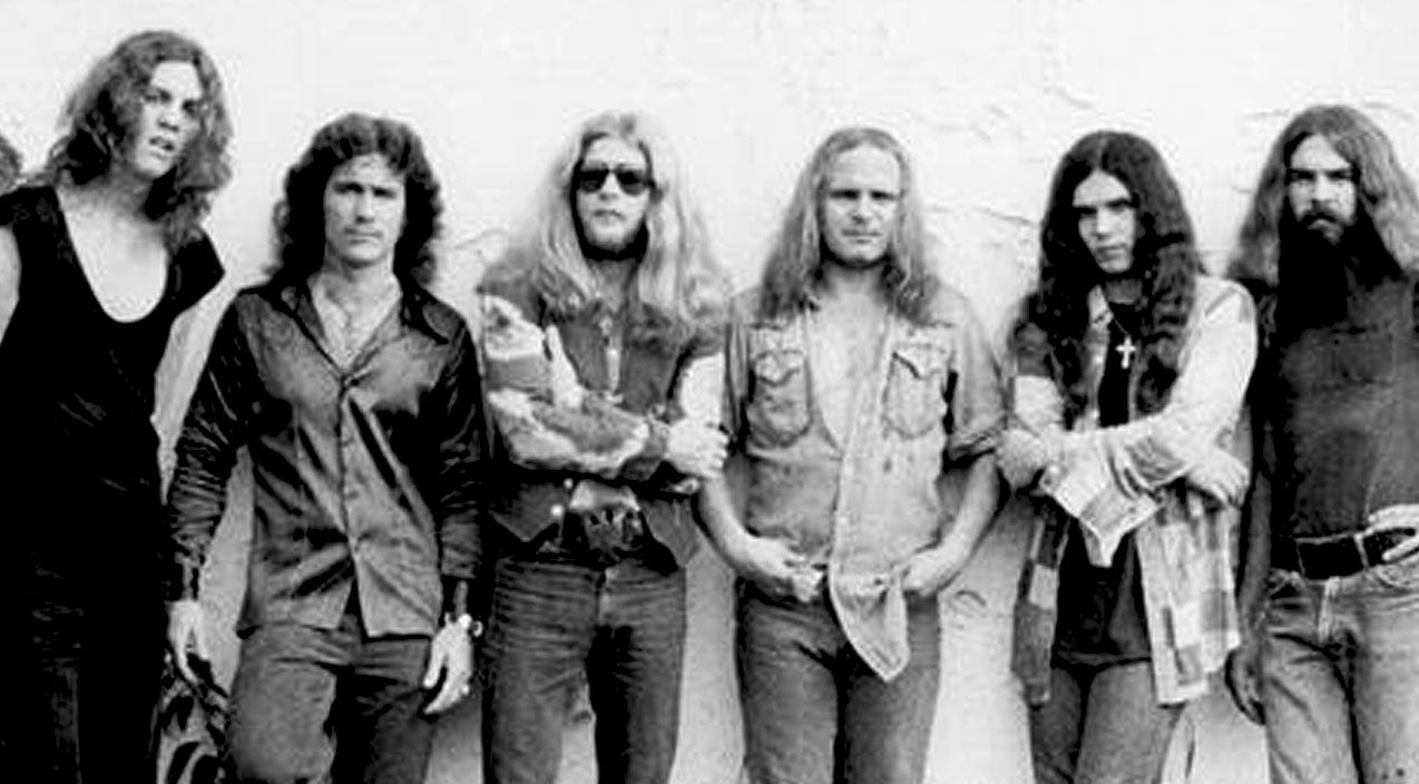 Lynyrd skynyrd Songs | Hear 'On The Hunt' In A Whole New Light Through Uncovered Studio Recording | Country Music Videos