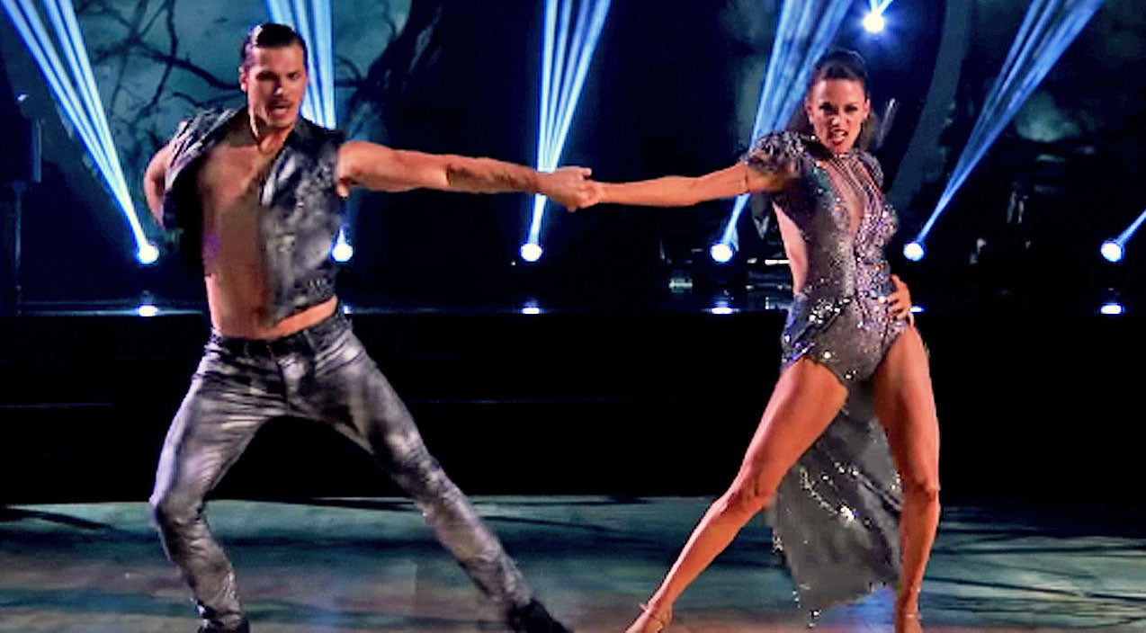 Jana kramer Songs | Jana Kramer Pushes Through Injury To Deliver Intense Tango On 'Dancing With The Stars' | Country Music Videos