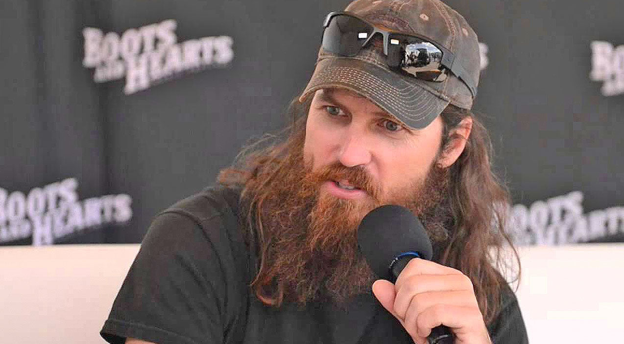Jase robertson Songs | Jase Robertson's Stance On Gun Control May Surprise You | Country Music Videos