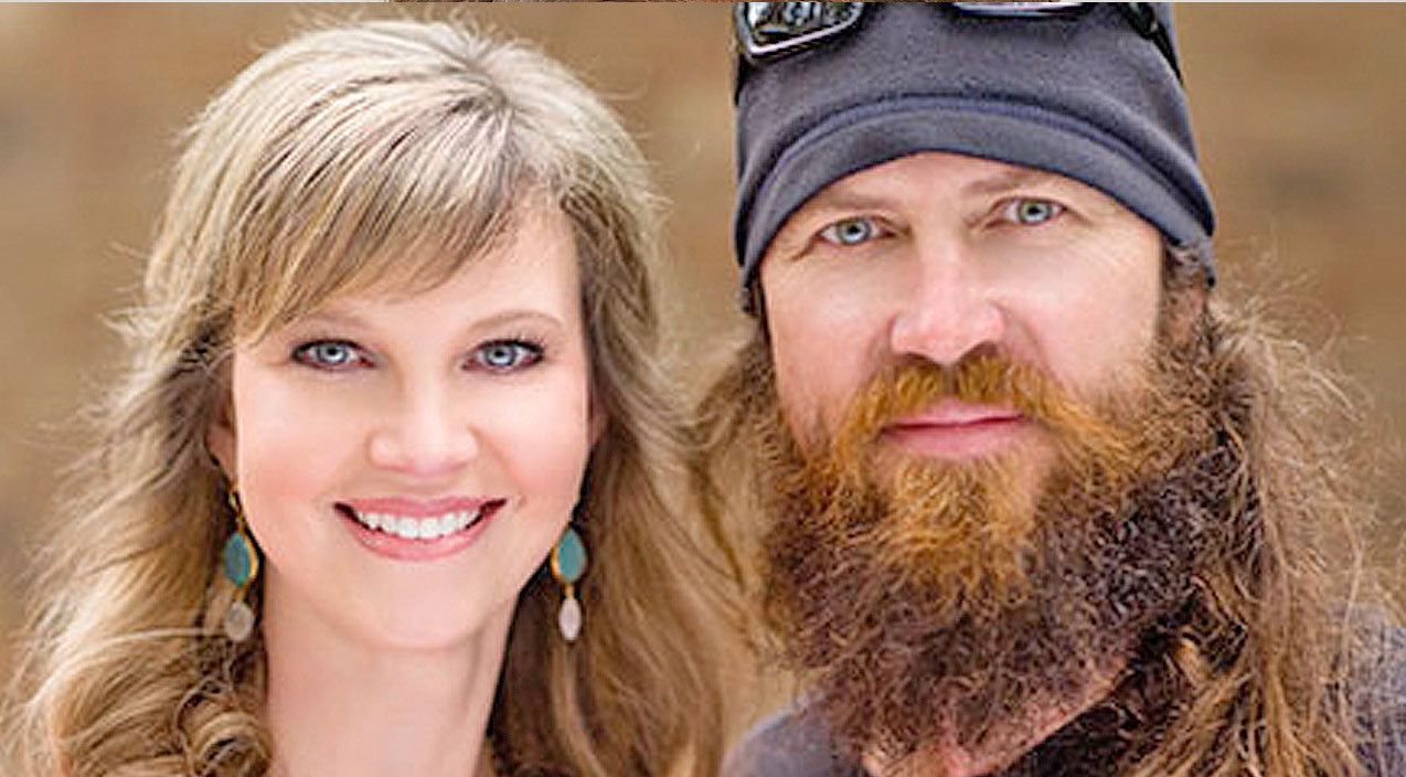 Missy robertson Songs | Missy Robertson Shares Sweet Stories Of How Her Family Makes Her Happy | Country Music Videos