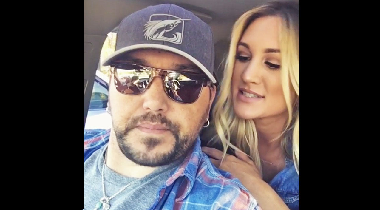 Jason aldean Songs | Jason Aldean's Wife Refuses To Let Him Kill Animal That's Been Terrorizing Neighborhood | Country Music Videos