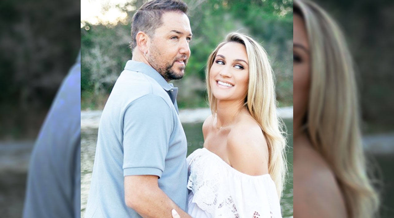 Jason aldean Songs | Jason Aldean & Wife Await The Arrival Of Baby Boy With Glowing Maternity Photos | Country Music Videos