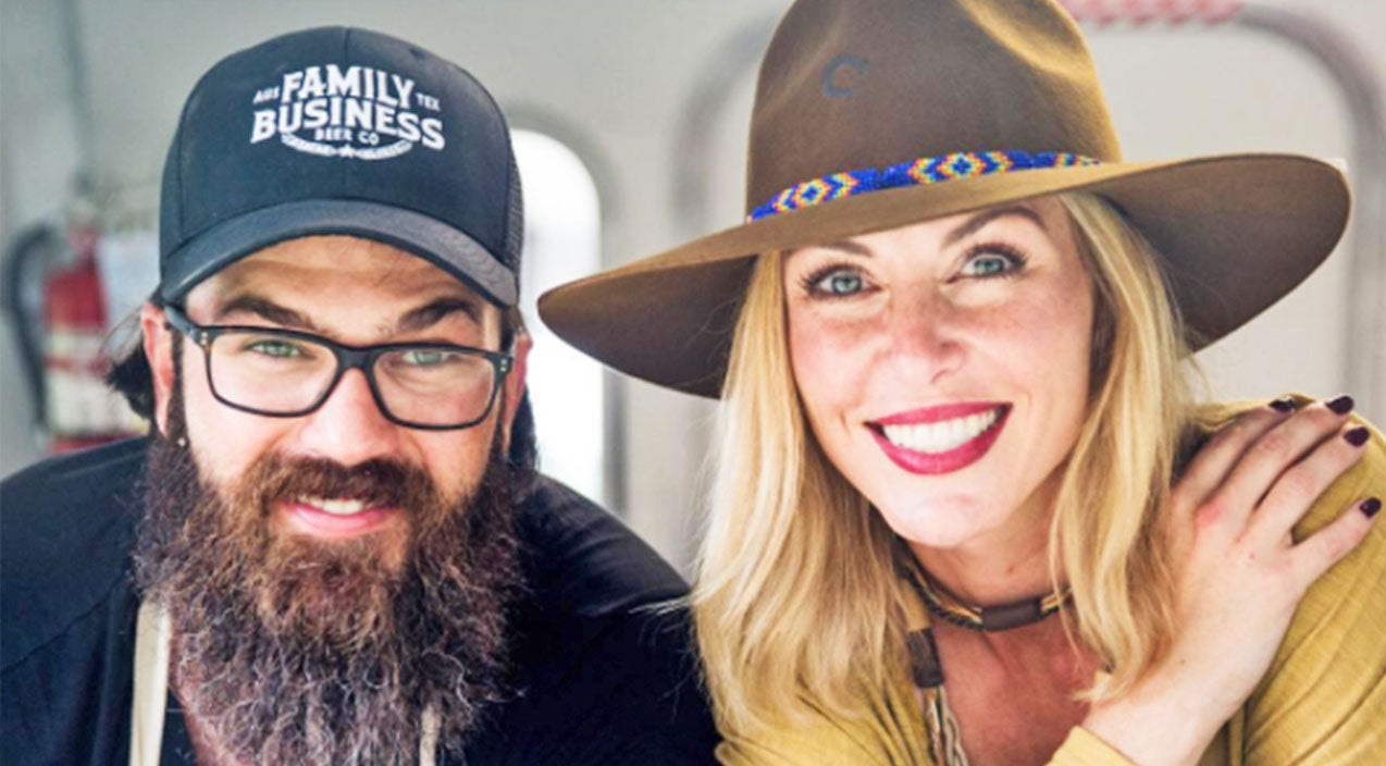 Jessica robertson Songs | Jep and Jessica Robertson Reveal They Have Moved Away From 'Duck Dynasty' Family | Country Music Videos