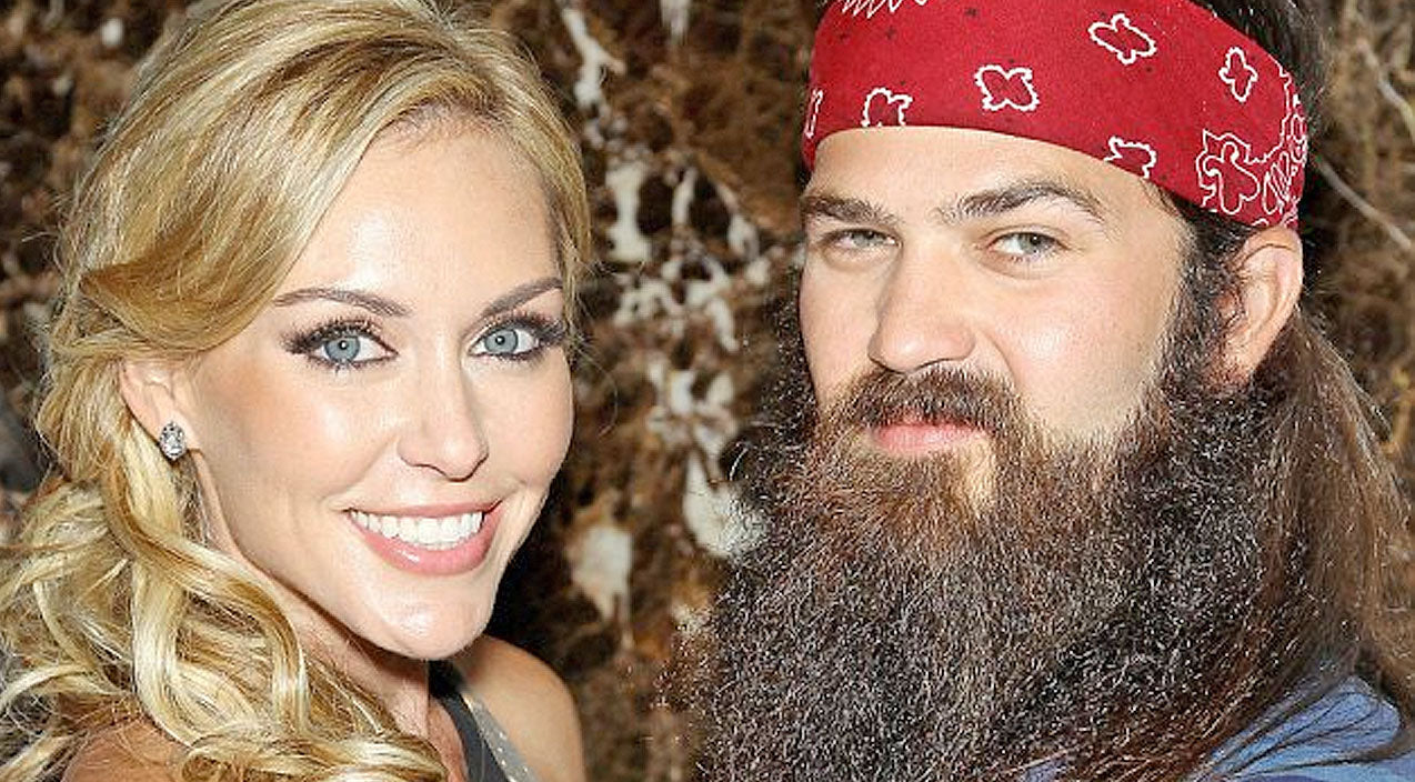 Jessica robertson Songs | The Robertsons Share FIRST Photo Of New Baby Boy | Country Music Videos