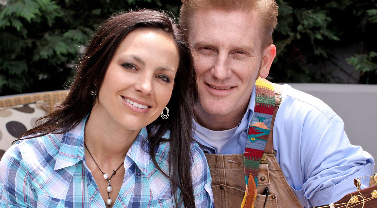 Joey + rory Songs | Joey+Rory Receive Unforgettable Christmas Surprise | Country Music Videos