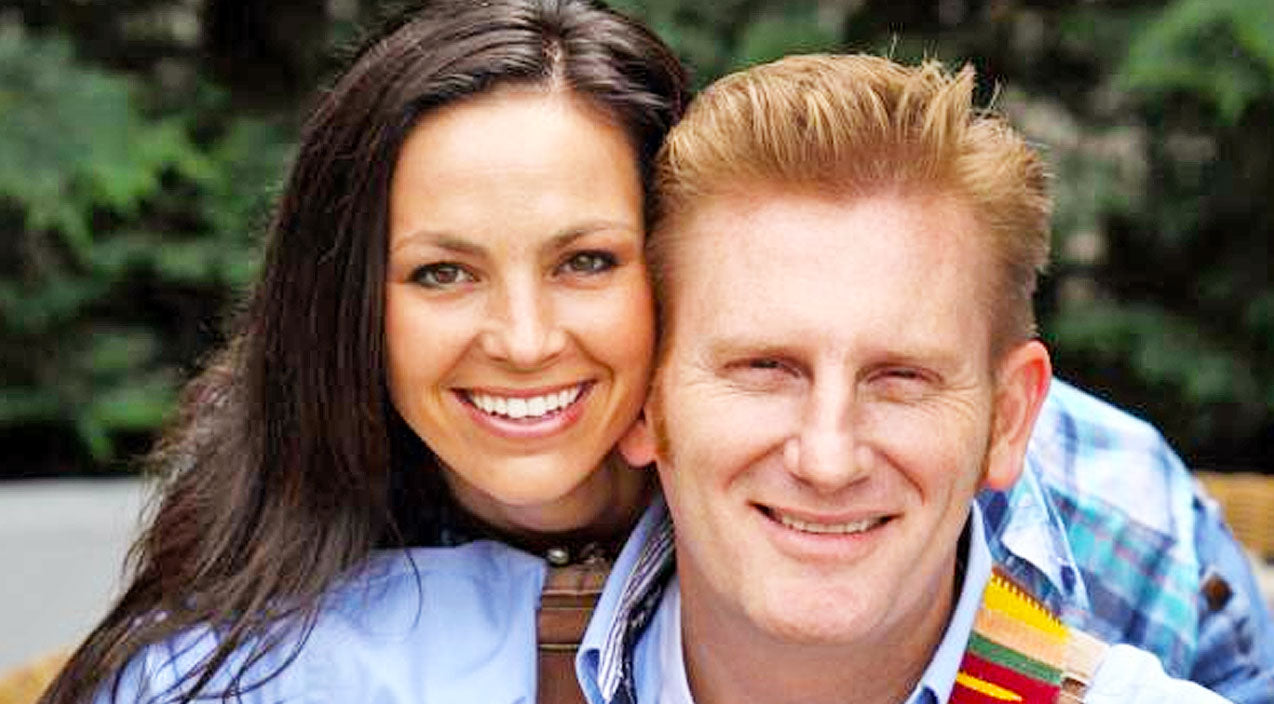 Joey + rory Songs | Joey + Rory Share Photo Of An Uplifting Moment In Hospice Care | Country Music Videos