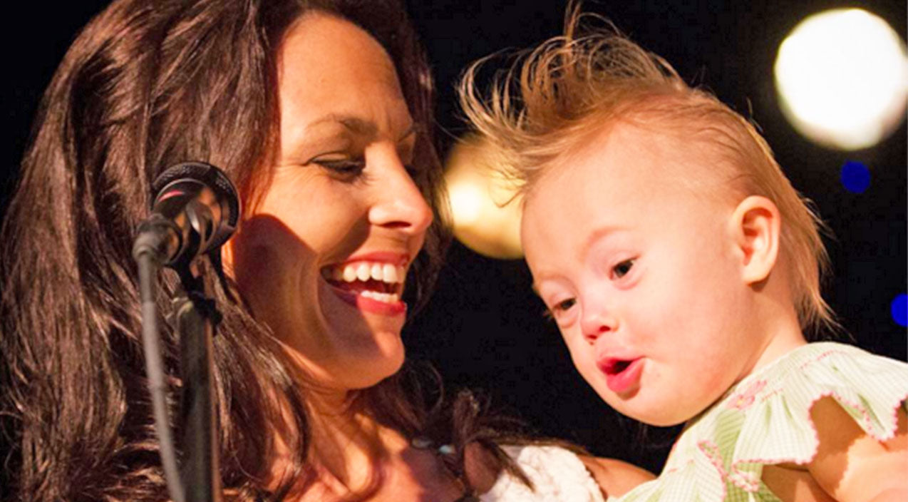 Joey + rory Songs | Joey Feek Shows Her Playful Side While Playing Dress-Up With Her Daughter | Country Music Videos