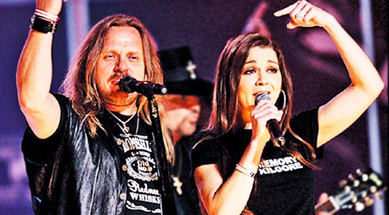 Modern country Songs | Gretchen Wilson & Skynyrd Join Forces For 'Free Bird' Performance Of A Lifetime | Country Music Videos