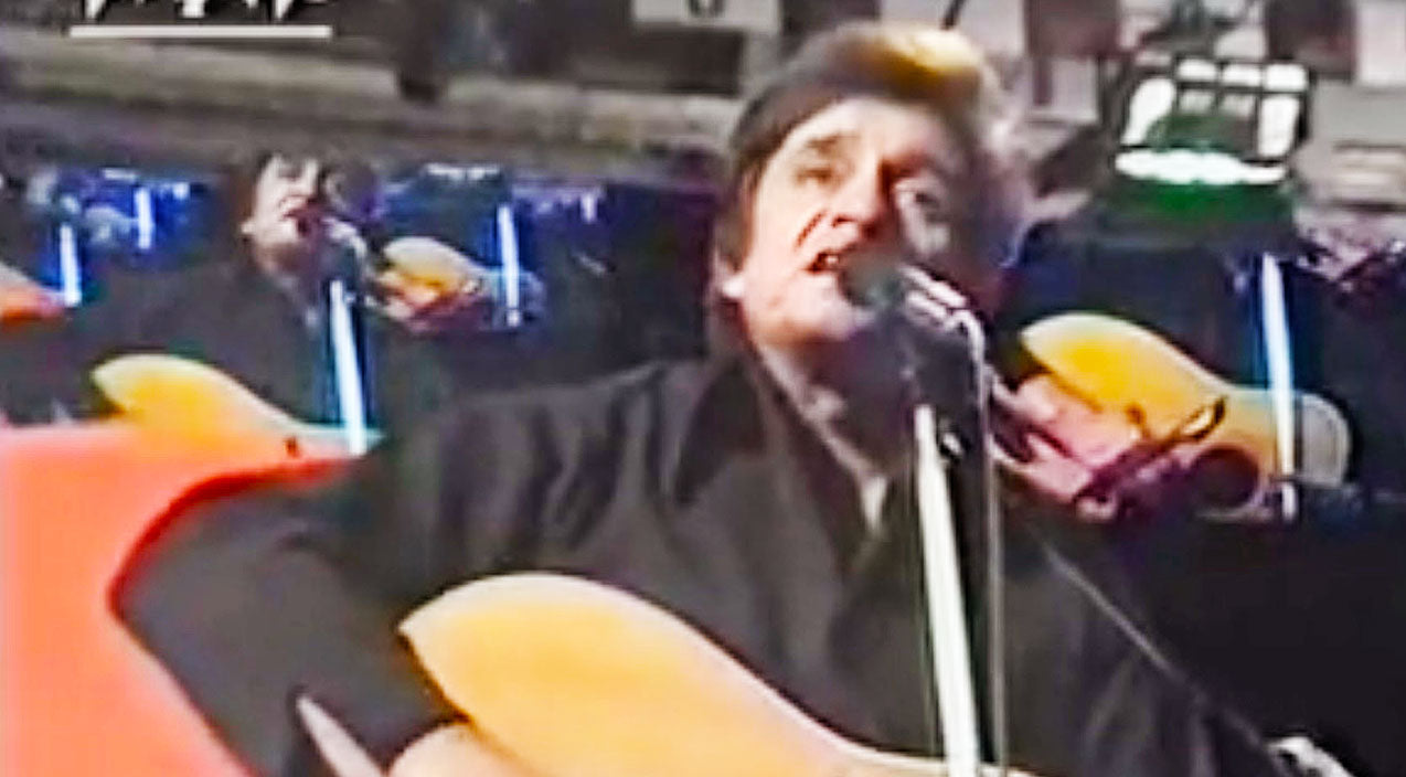 Johnny Cash Embraces His Inner Outlaw In High-Spirited Cover Of 'Me And Bobby McGee' | Country Music Videos