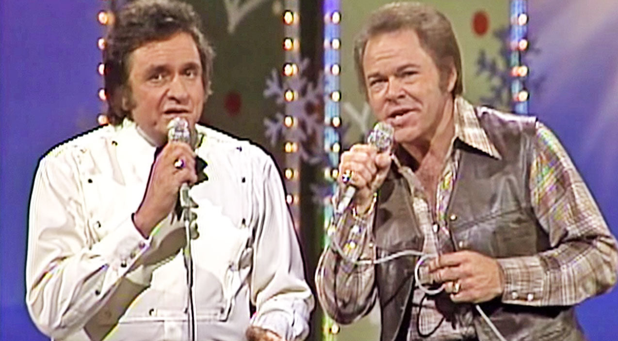 Roy orbison Songs | Footage Of Johnny Cash & Roy Clark's Magical Christmas Medley Resurfaces | Country Music Videos