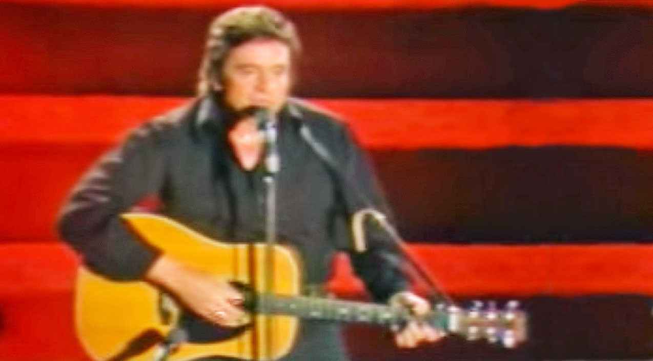 Kris kristofferson Songs | Johnny Cash Pushed The Envelope With 'Sunday Mornin' Comin' Down'' | Country Music Videos