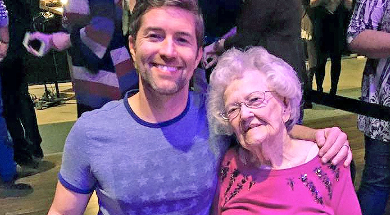 Josh turner Songs | Josh Turner's 98-Year-Old Grandma Gives Impromptu Grand Ole Opry Performance | Country Music Videos