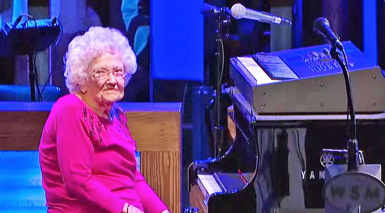 Modern country Songs | Josh Turner's 98-Year-Old Grandma Leaves The Opry In Awe With 'How Great Thou Art' | Country Music Videos