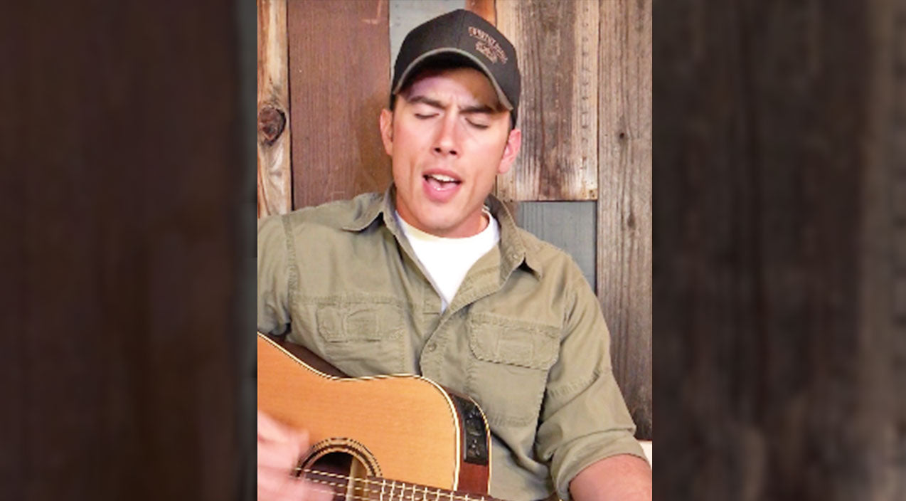 Las Vegas Country Singer Pens Strength-Filled Tribute After Las Vegas Shooting | Country Music Videos