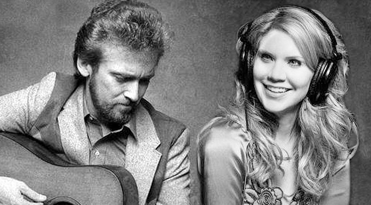 Keith whitley Songs | Hear The Sweet Sound Of Keith Whitley & Alison Krauss Together On 'When You Say Nothing At All' | Country Music Videos