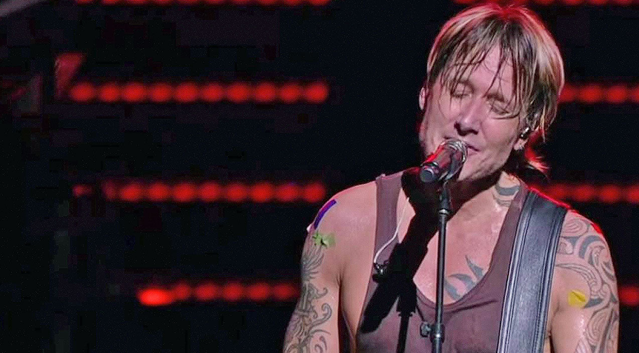 Keith urban Songs | Keith Urban Silences Audience With Tear-Jerking Tribute To Orlando Victims | Country Music Videos