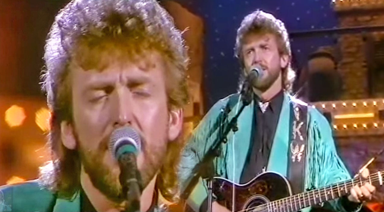 Keith whitley Songs | Keith Whitley Pours Out His Heart With Extraordinary Performance Of 'Don't Close Your Eyes' | Country Music Videos