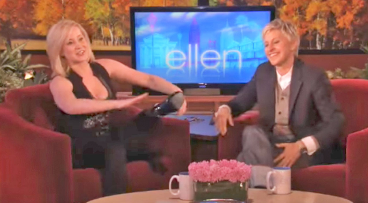 Kellie pickler Songs | Kellie Pickler Makes Ellen's Jaw Drop With Hilarious Fire Ant Story | Country Music Videos