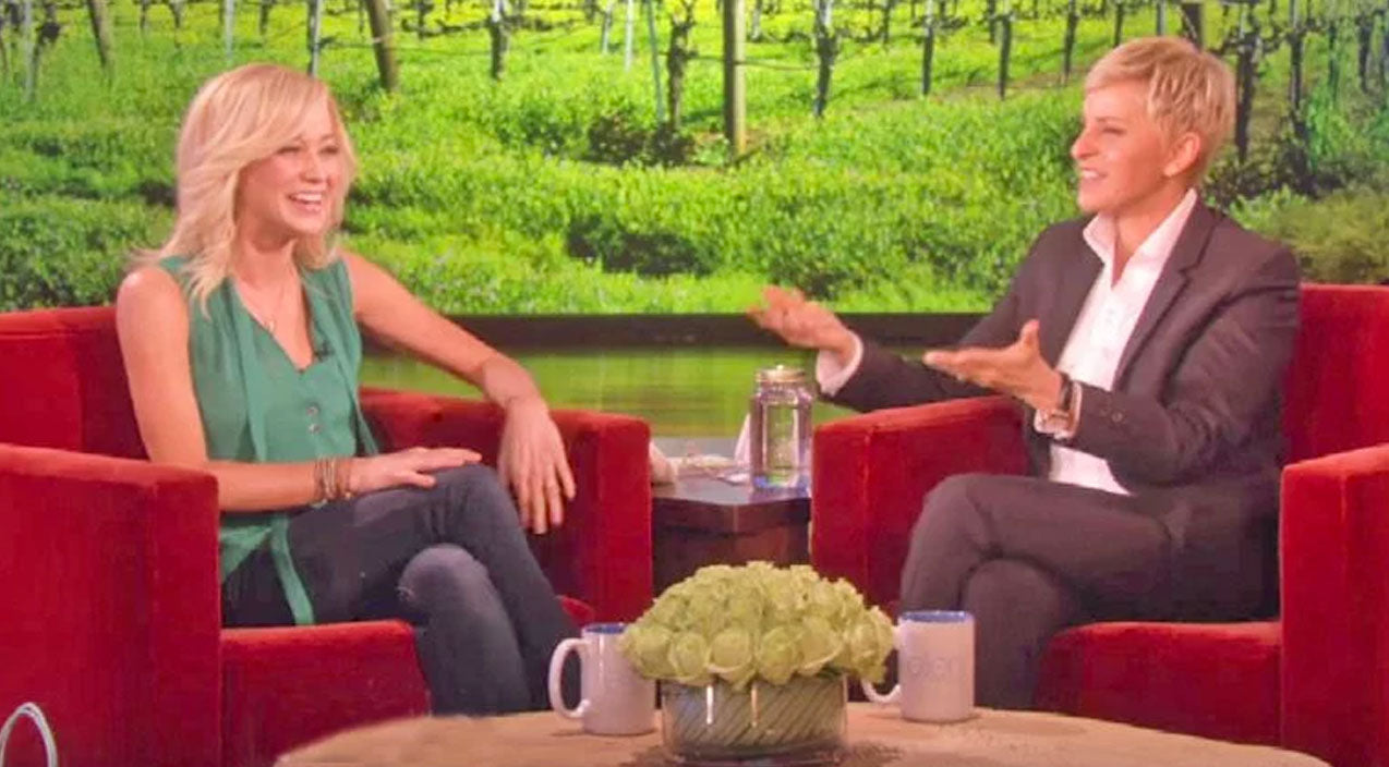 Kellie pickler Songs | Kellie Pickler's Frog Impression Is The Funniest Thing You'll Hear | Country Music Videos