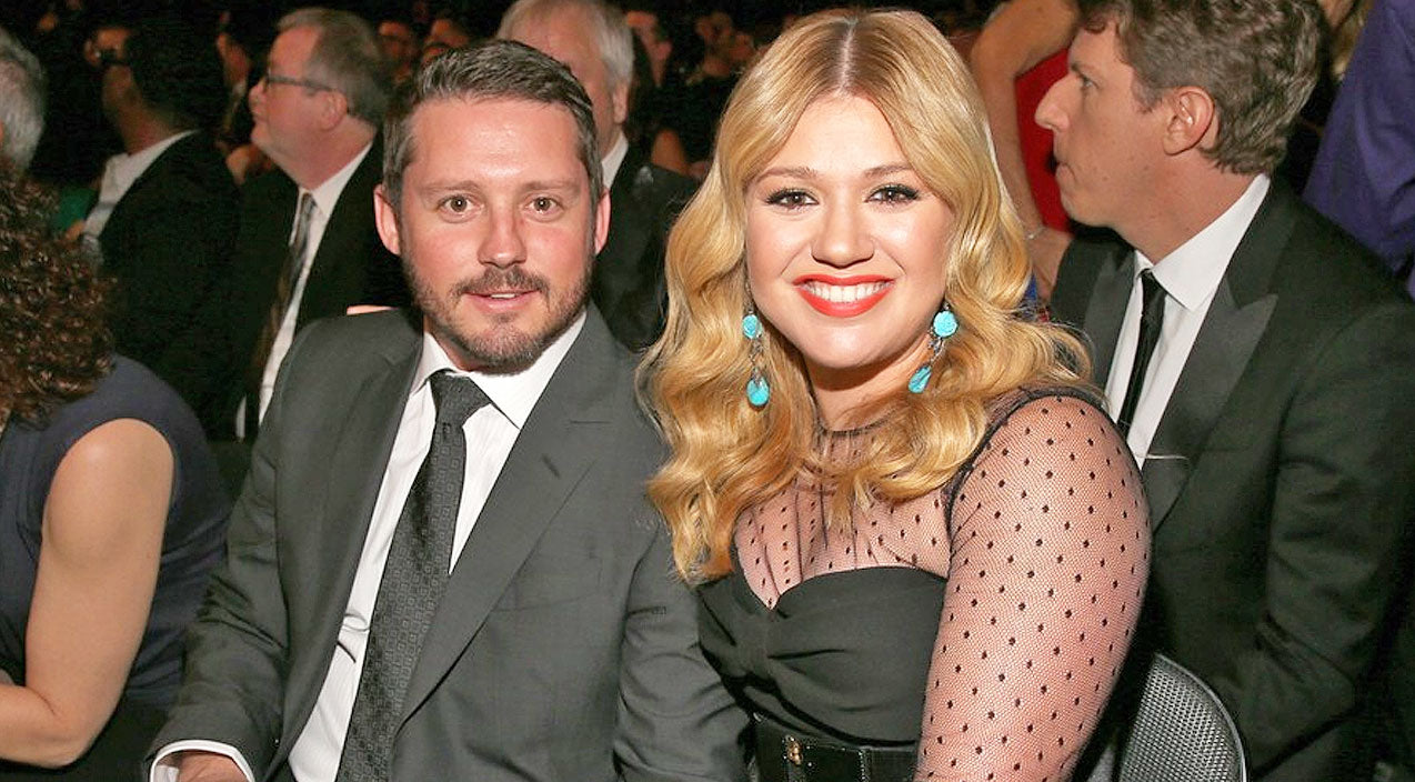 Kelly clarkson Songs   Kelly Clarkson Gives Birth To Baby Boy - Find Out His Name!   Country Music Videos