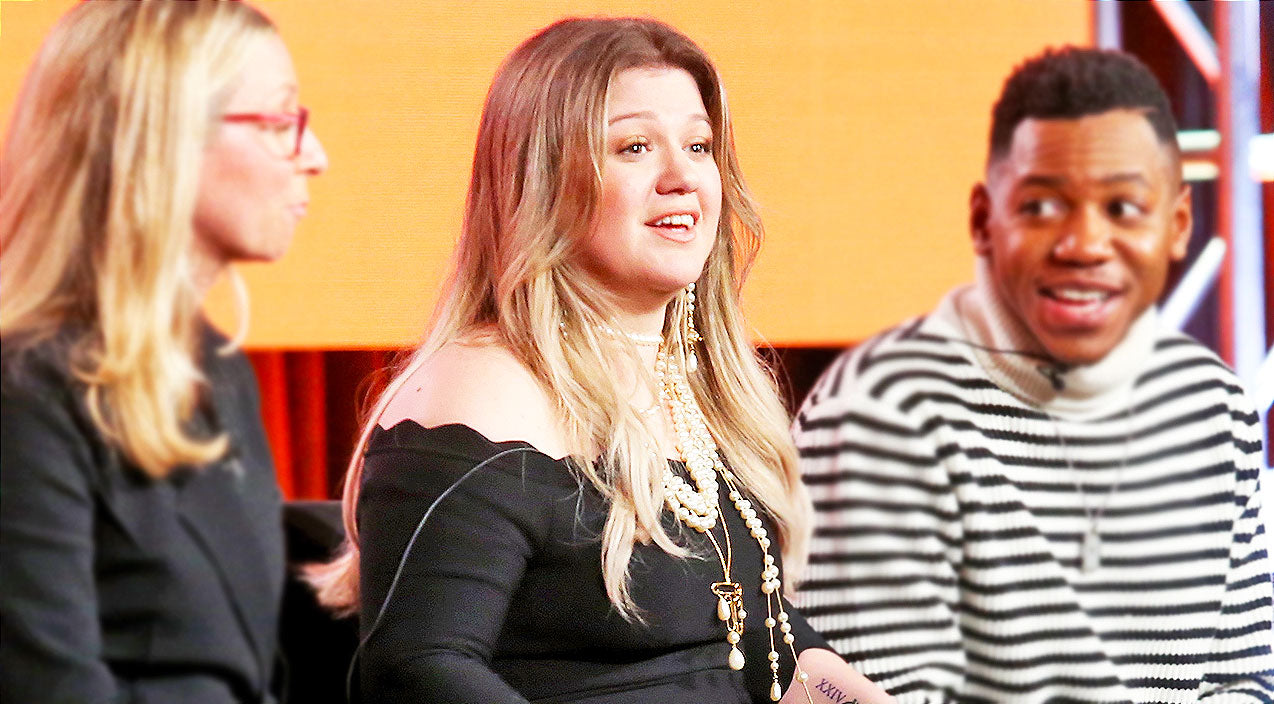 Kelly clarkson Songs | Kelly Clarkson Spills The Beans On Why She's On 'The Voice' And Not 'American Idol' | Country Music Videos