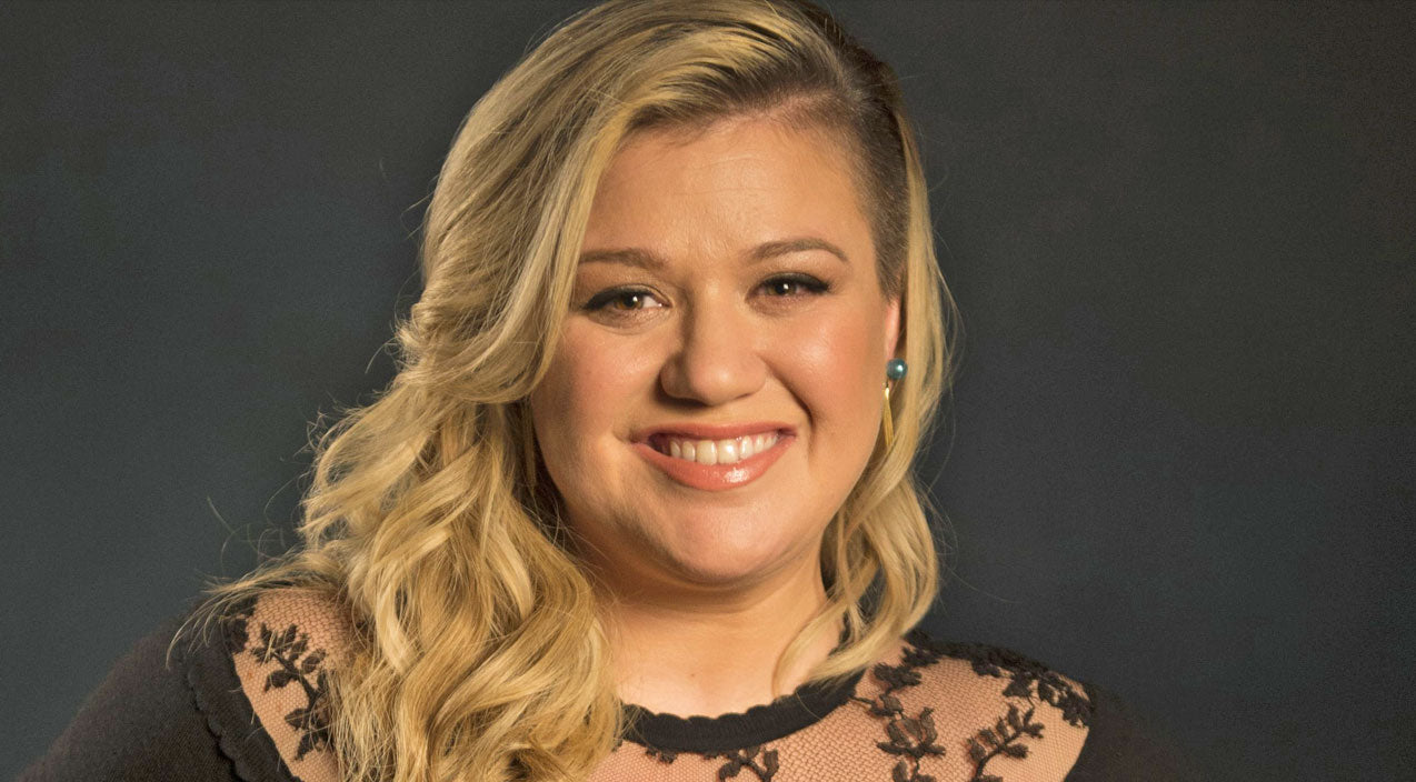 Kelly clarkson Songs | You Won't Believe How Much Kelly Clarkson's Baby Boy Resembles Her | Country Music Videos
