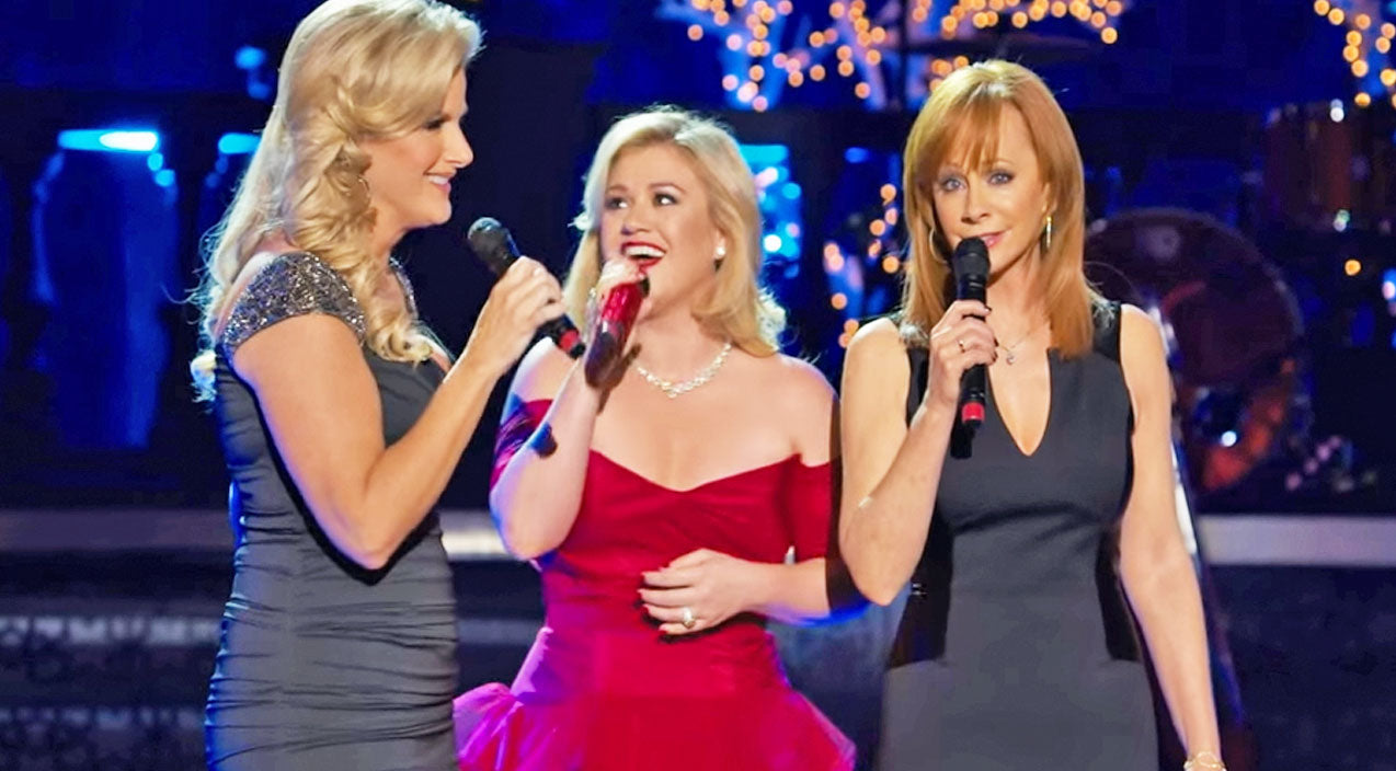 Trisha yearwood Songs | Country's Legendary Ladies Deliver A Breathtaking 'Silent Night' | Country Music Videos