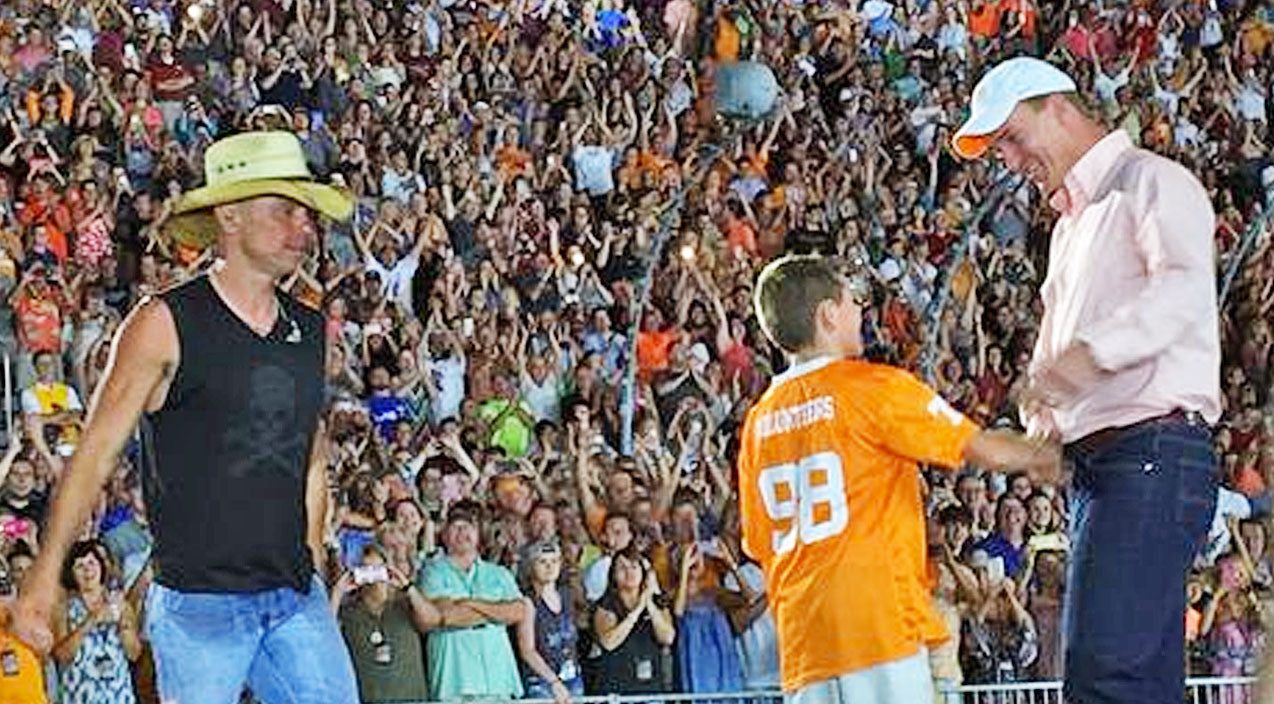 Modern country Songs | Kenny Chesney Brings NFL Star Peyton Manning On Stage To Give Young Fan The Gift Of A Lifetime | Country Music Videos