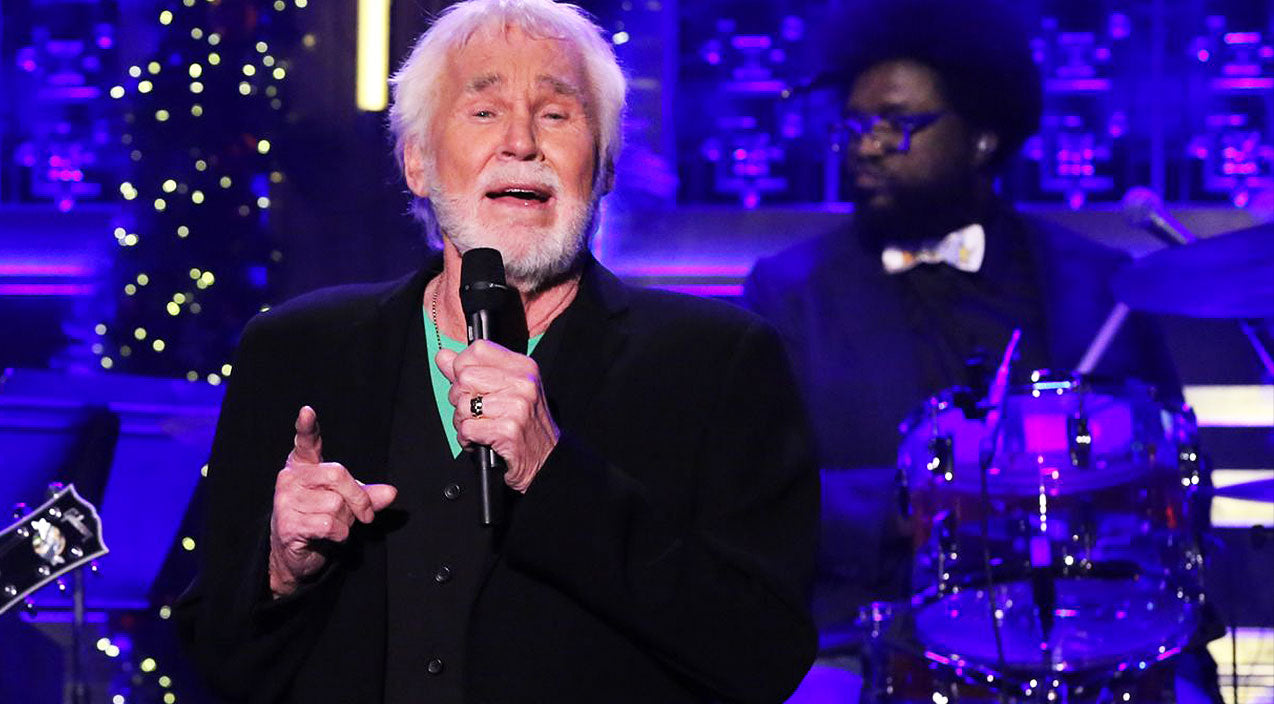 Kenny rogers Songs | Kenny Rogers Talks Love In Sensual Performance Of No. 1 Hit 'Lady' | Country Music Videos