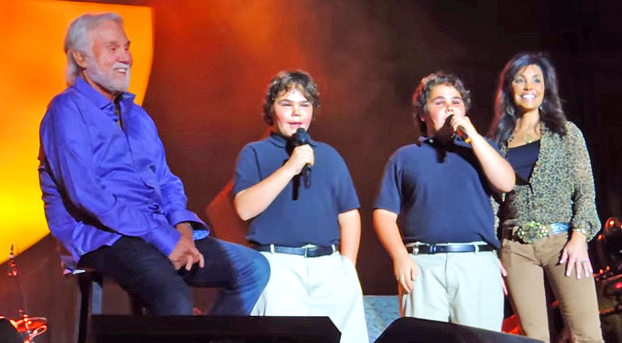 Kenny rogers Songs | Kenny Rogers Watches With Pride As His Confident Twin Boys Join Him On Stage For A Song | Country Music Videos