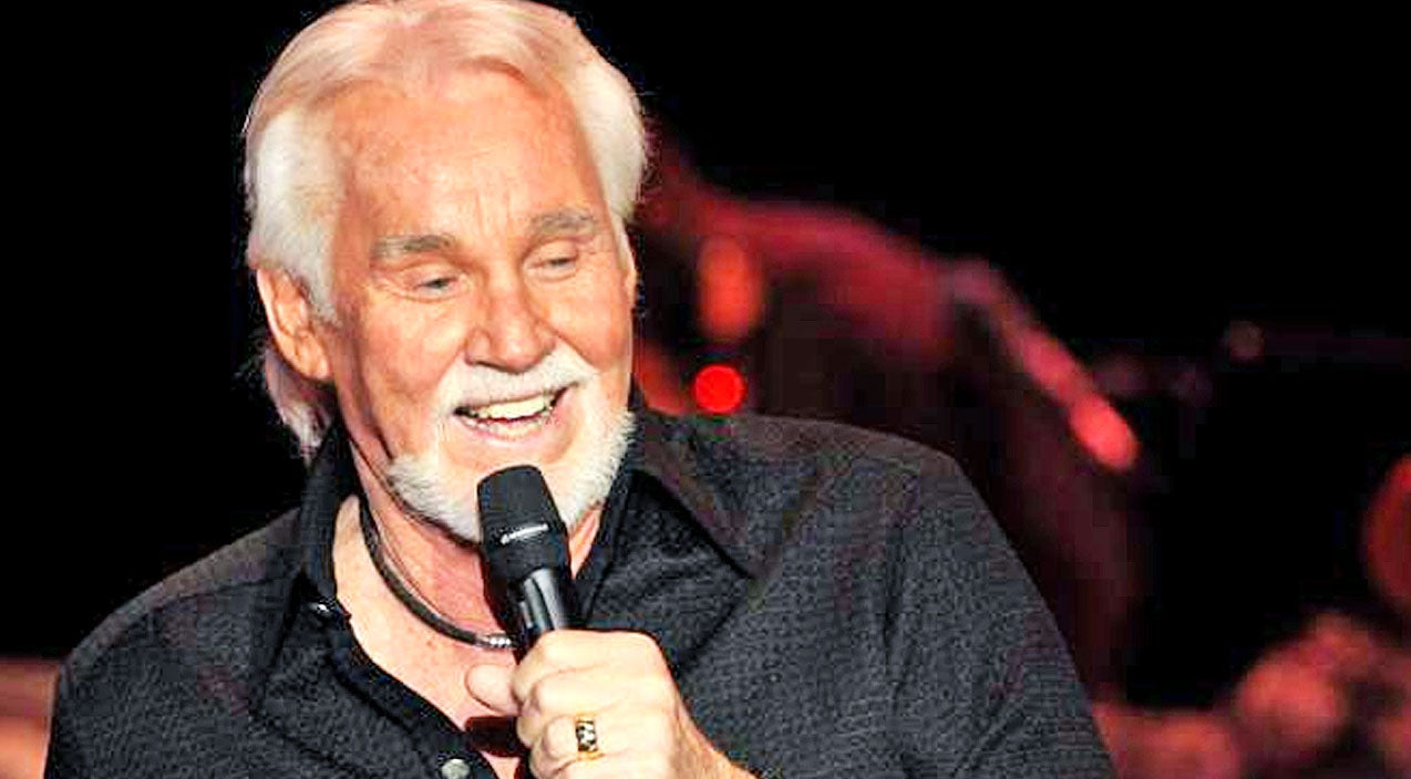 Kenny rogers Songs | You Won't Believe Who Kenny Rogers Is Taking With Him On His Last Tour! | Country Music Videos