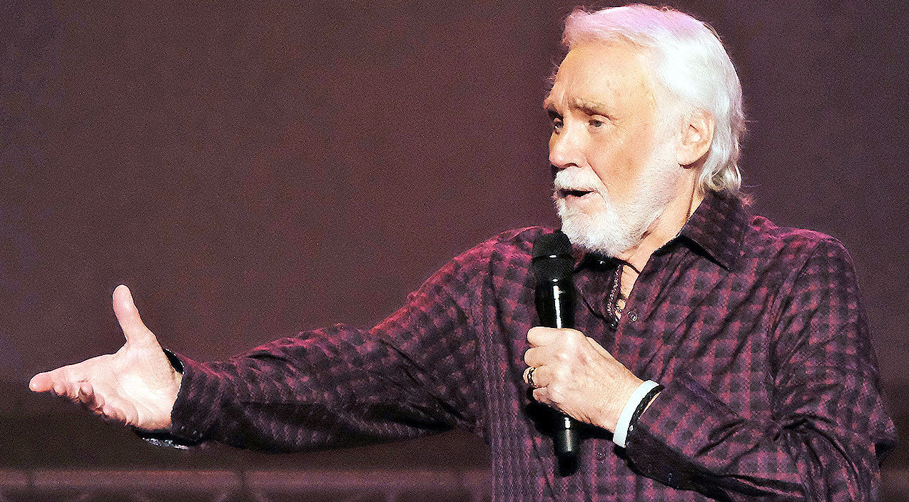 Kenny rogers Songs   Kenny Rogers Says He Doesn't Know How Much Longer He's 'Gonna Last'   Country Music Videos