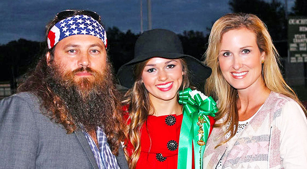 Willie robertson Songs | Sadie Robertson Wishes Her Parents Happy Anniversary In Hilarious Text Conversation | Country Music Videos